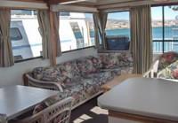60′ Deluxe Houseboat