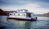 The Deschutes Houseboat