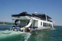 Tintatious Houseboat