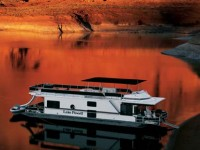 The Discovery XL Platinum 59′ Houseboat