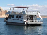 The Voyager 46′ Houseboat